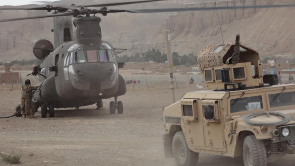 Chinook és Humvee Bamyanban