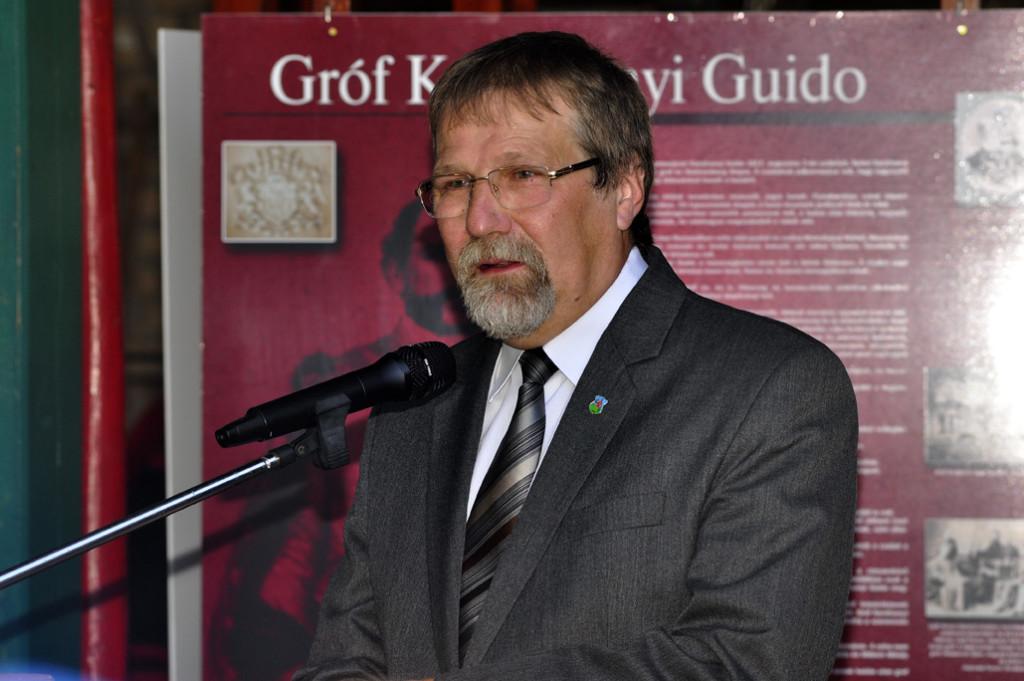 Dr. Szente Kálmán polgármester